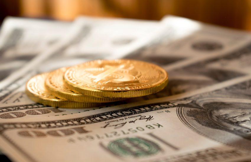 Bitcoin do deseti let za 400 tisíc dolarů, předpovídá zpráva