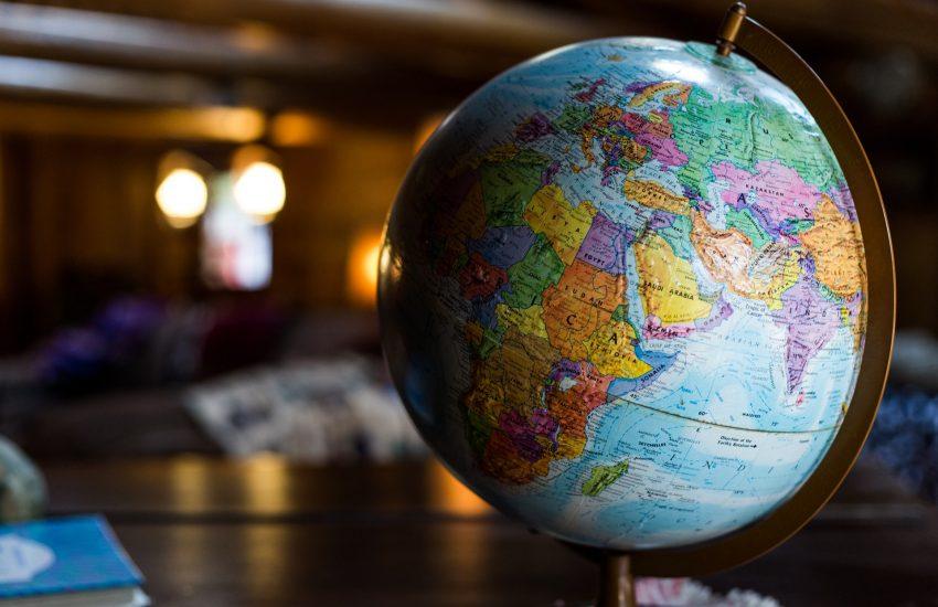 Globální ekonomika propadne skoro o pět procent, předpovídá Mezinárodní měnový fond