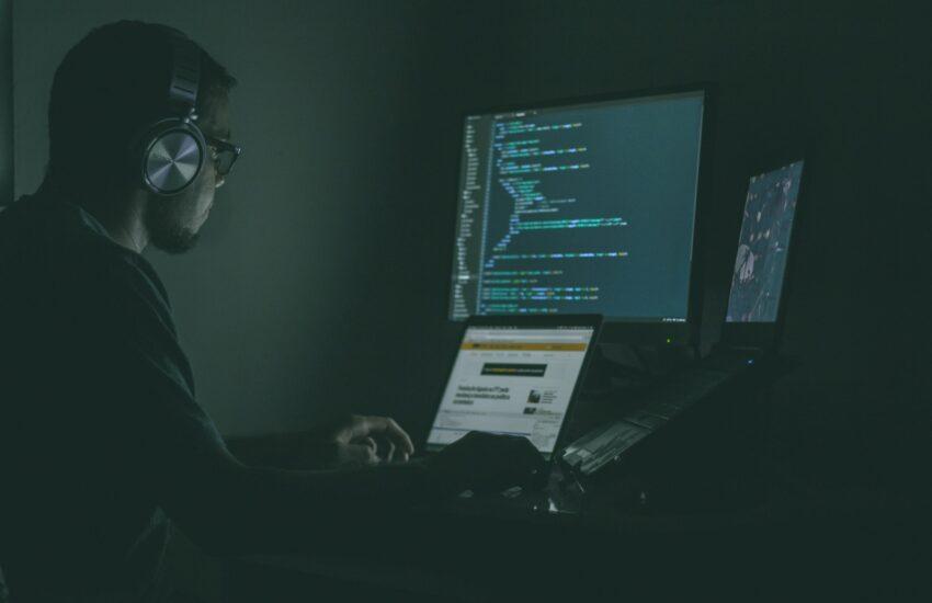 cyber security, kyber bezpečí, počítač, vir